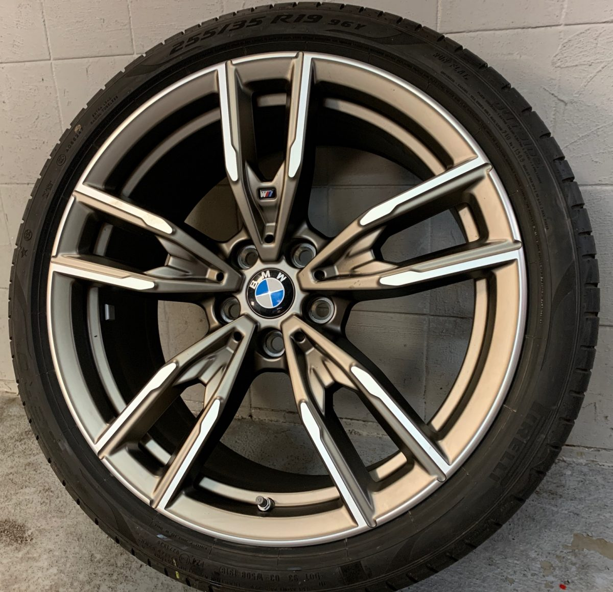 Gyári alufelni BMW 3 G20 (792M Styl) 8X19 8,5x19 alufelni új nyári garnitúra! Pirelli gumikkal,nyomásszenzorral 1