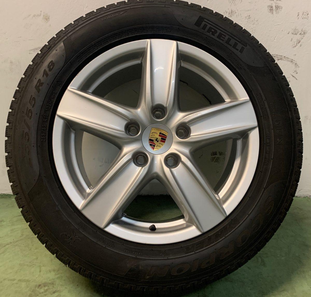 Gyári alufelni Cayenne 8X18 alufelni újszerű téli garnitúra! Pirelli gumikkal 1