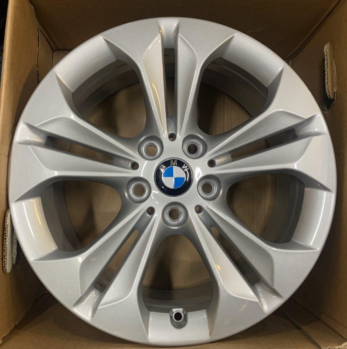 Gyári alufelni BMW X1-X2 (568 styl) 7,5X17 ET52 alufelni 1