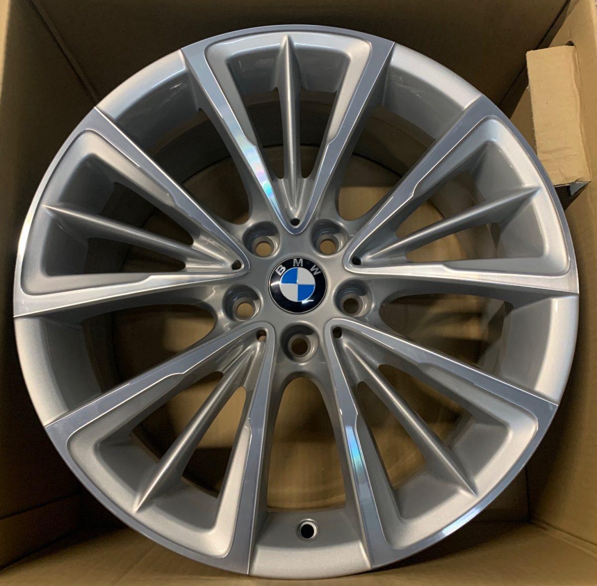 Gyári alufelni BMW G30 (643styl) 8X18 ET30 alufelni 1