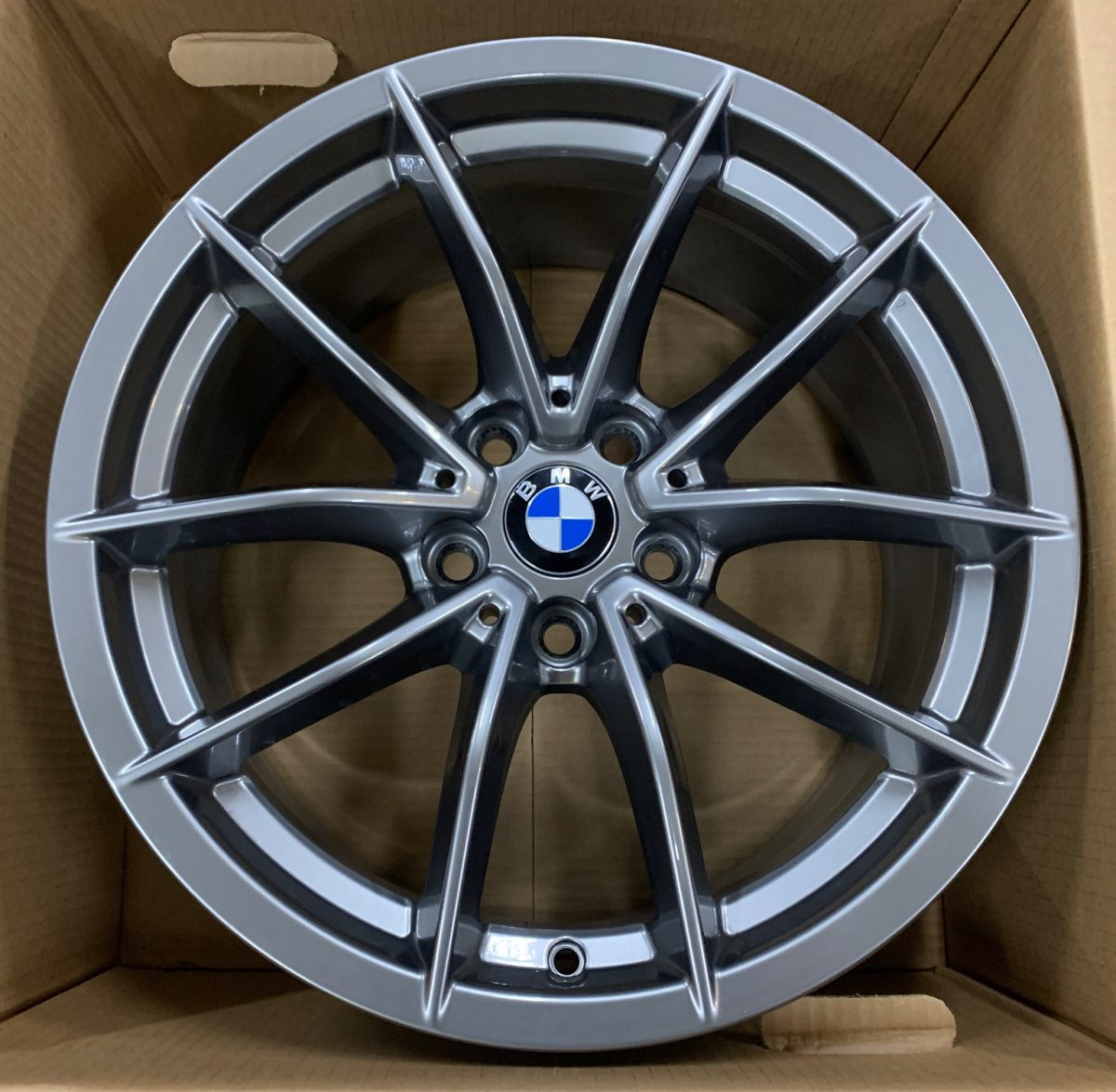 Gyári alufelni BMW G20 (768styl) 7,5X17 ET30 alufelni 1