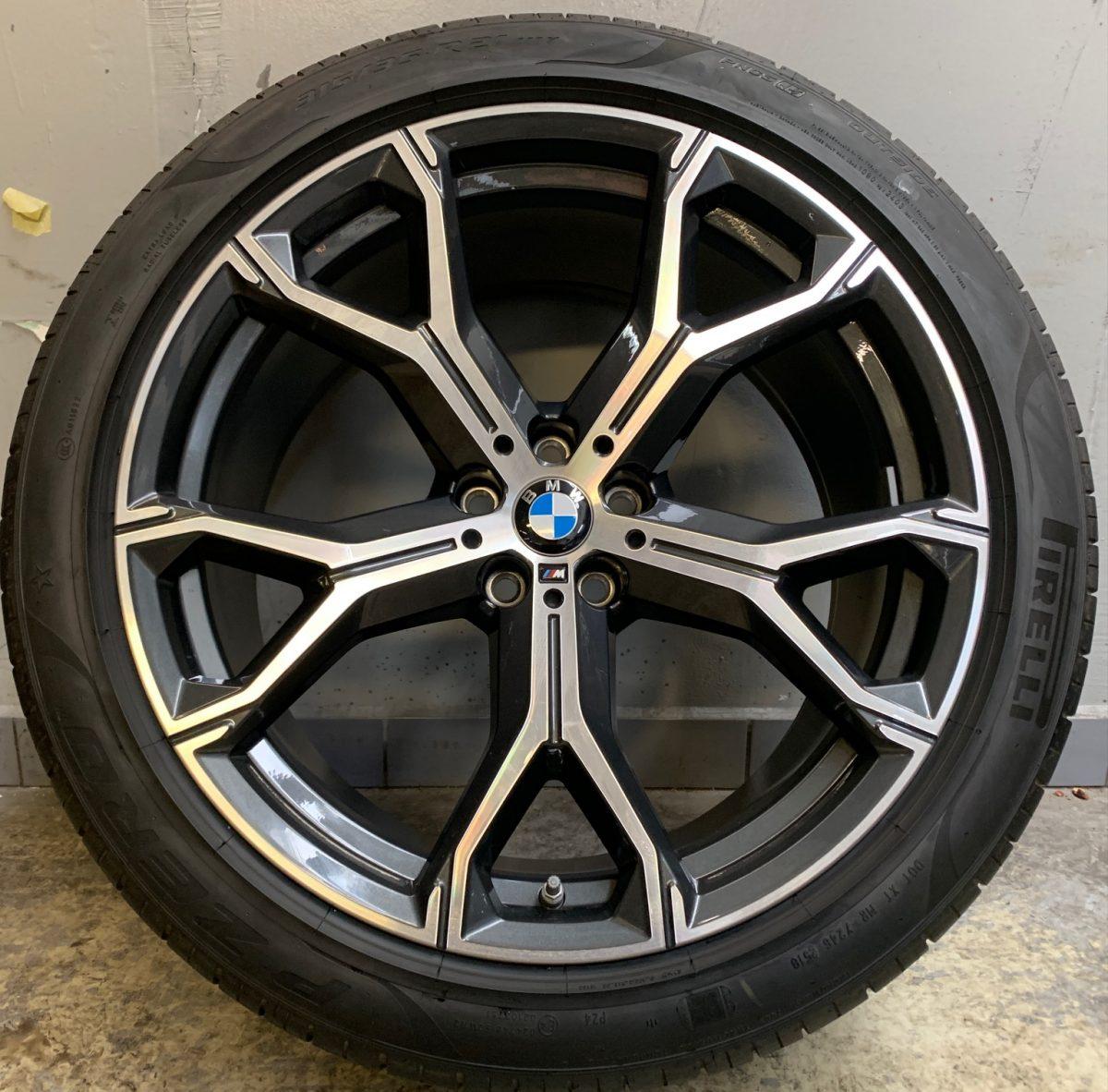 Gyári alufelni BMW X5 G05 (741M Style) 9,5X21-10,5X21 5X112 újszerű nyárikerék- garnitúra! Pirelli gumikkal,nyomásszenzorral! 1