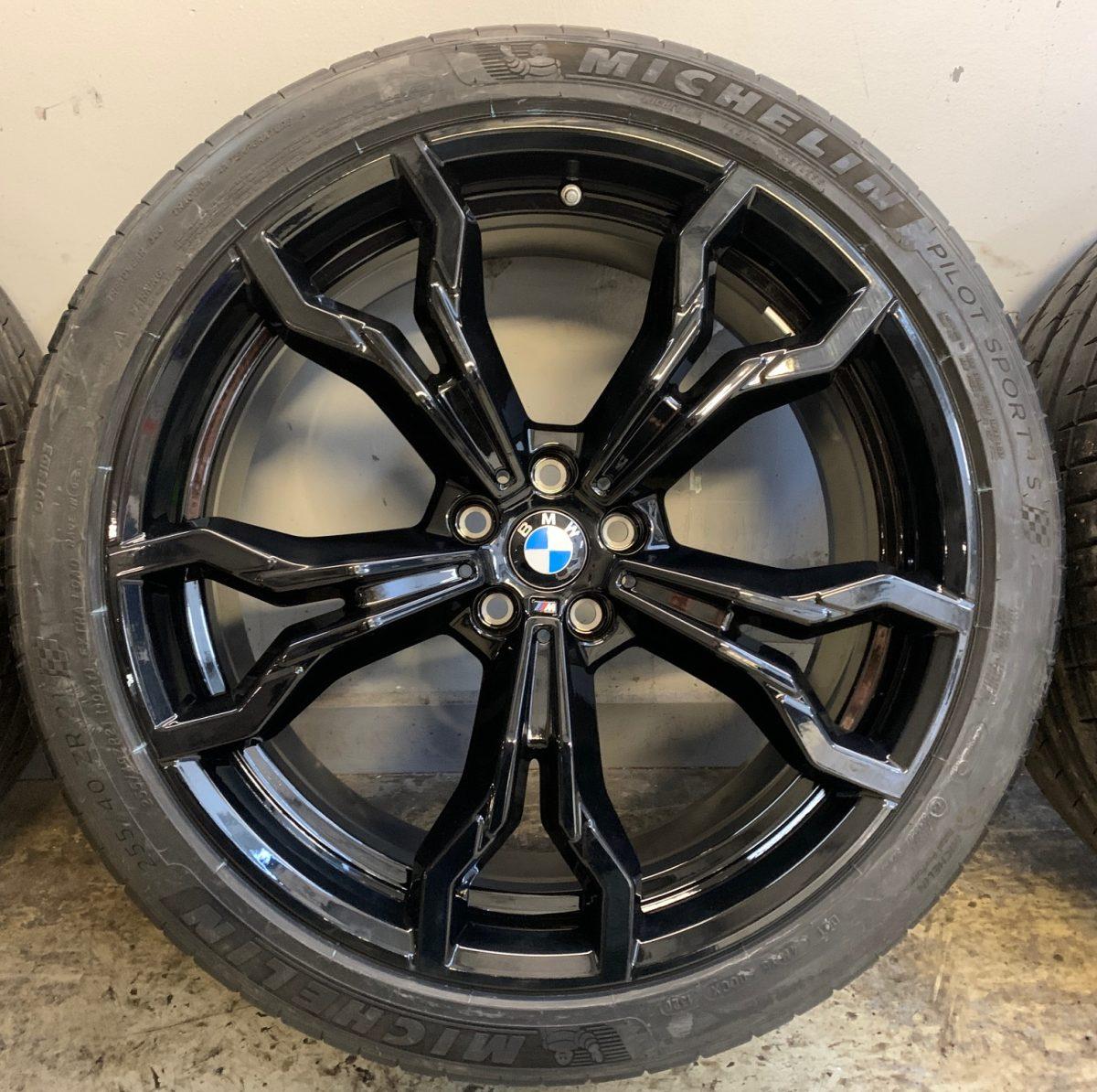 Gyári alufelni BMW X3M-X4M F97-98 (765M Style) 9,5X21-10X21 5X112 alufelni új nyárikerék-garnitúra! Michelin gumikkal 2