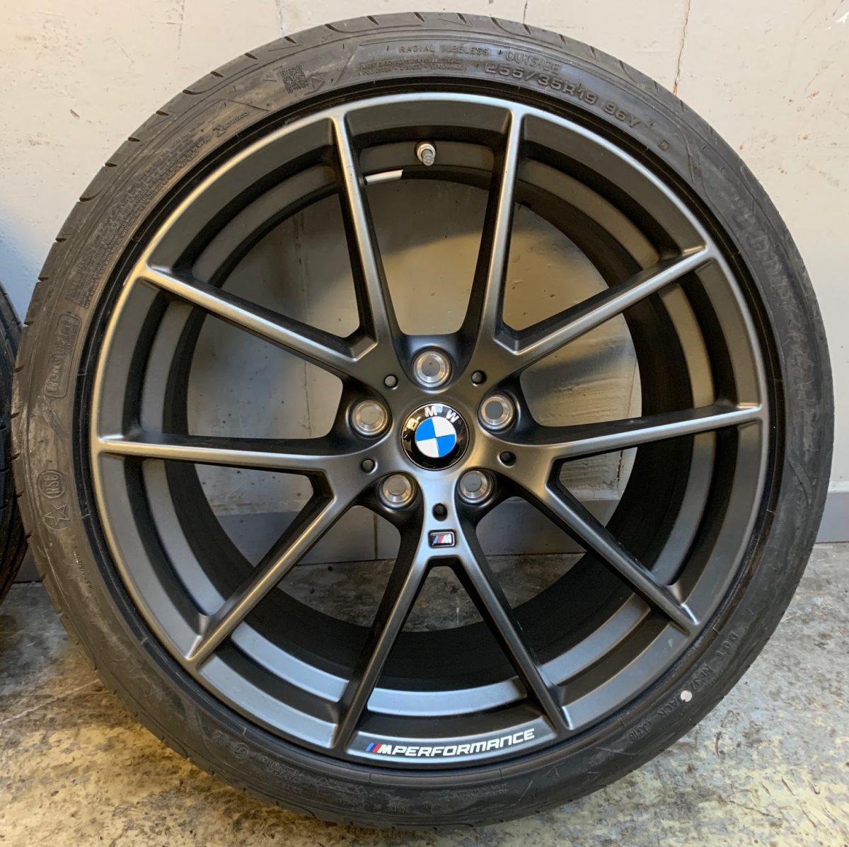 Gyári alufelni BMW 3 G20 (898M Performance) 8X19 8,5x19 új nyári garnitúra! Goodyear gumikkal,nyomásszenzorral 2