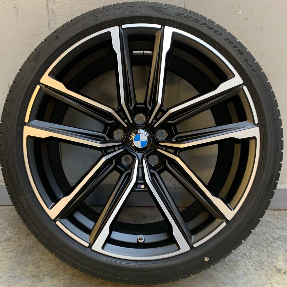 Gyári alufelni BMW 3 G20 (797M Styl) 8X19 8,5x19 alufelni új nyári garnitúra! Pirelli defekttűrő gumikkal,nyomásszenzorral 1