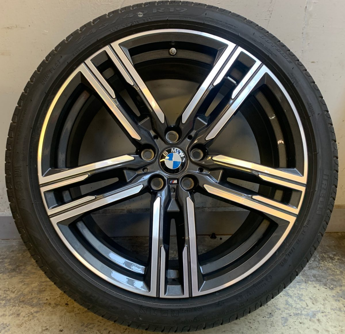 BMW G30-G15 (727M style) 5x112 újszerű nyári garnitúra! Pirelli és Conti gumikkal,nyomásszenzorral! 1